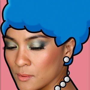 MAC Cosmetics Makeup - MAC Cosmetics x The Simpsons Blush in Sideshow You
